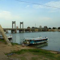 Ponte sobre o Rio São Francisco, Juazeiro, Bahia, Brasil, Петролина