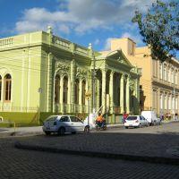 Antiga Escola Eliseu Maciel da UFPEL - Prefeitura ao fundo - Pelotas - RS - BRASIL - out/2007, Пелотас