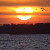 Por do sol visto a partir do Cais Maua no Centro Histórico - Porto Alegre - Rio Grande do Sul - Brasil, Порту-Алегри