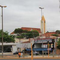 Santuario de N. S. Aparecida visto do Terminal Rodoviário de Bauru, Бауру