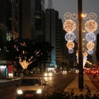 Brasil, São Paulo - Luzes de Natal na Av. Paulista, Бебедоуро