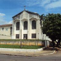 Igreja São Pio X - Marília/SP - Dez/09, Марилия