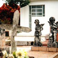 Túmulo no Cemitério da Saudade, Marília, Марилия