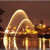 Fonte do Parque Ibirapuera -  Foto: Fábio Barros (www.cidade3d.blogspot.com.br), Сан-Бернардо-ду-Кампу