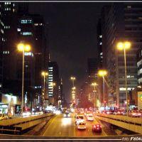 Avenida  Paulista (noite) -  Foto: Fábio Barros (www.facebook.com/Cidade3d), Сан-Паулу