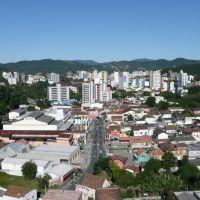 Vista do Centro a partir da Rua Victor Konder, Блуменау