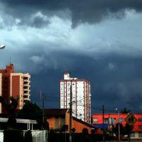 Outra Tempestade Chegando, Жоинвиле