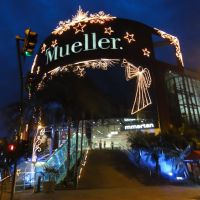 Shopping Mueller com iluminação Natalina - Joinville - Santa Catarina - Brasil, Жоинвиле