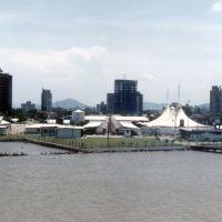 Itajaí - chegando ao porto, Итажаи