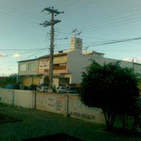 Em frente a Faculdade UECE - Iguatu(CE), Игуату