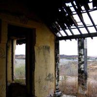 Ruinas de  casarões  que  na seca de 1932  foi transformado em campo de concentração de flagelados  para que não invadisse outras cidades, muitos morreram de fome  e com cólera ., Крато