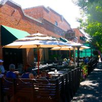 Lots of outside dining in Downtown Boise, Idaho, Бойсе