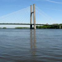 The Great River Bridge, linking Burlington, Iowa and Gulf Port, Illinois., Барлингтон