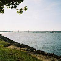 Mississipi River. Moline, IL., Беттендорф