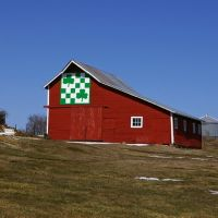 Shamrock Quilt Barn east of Guthrie Center, Iowa, Гринфилд