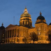 Iowa State Capitol Building at Night, Гринфилд