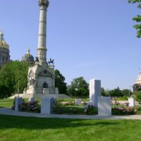 Monuments & Capitol Building, Де-Мойн