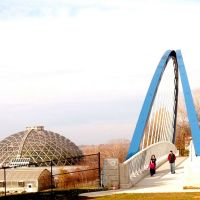 Edna M Griffin Bridge in Downtown Des Moines, Де-Мойн