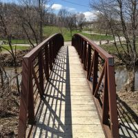Look Across Pedestrian Bridge In Thomas Park - Marion, Iowa, Денвер