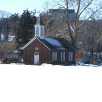 Danforth Chapel, Iowa City, IA in Winter 2008, Осадж