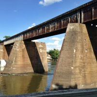 Iowa River Railroad Bridge, Осадж
