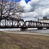 Historic Chicago & Northwestern Railroad Through Truss Bridge, Седар-Рапидс