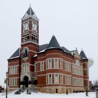 Hardin Co. Courthouse (1892) Eldora IA 3-2014, Элдора