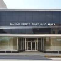 Alabama - Calhoun County Courthouse Annex, Аннистон