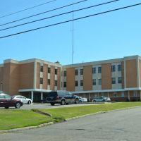 Mizel Memorial Hospital, Бабби