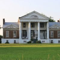 Saunders-Hall-Goode Mansion - Built 1830, Ванк