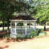 Gazebo - Dothan Botanical Gardens, Кинси