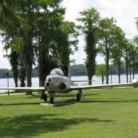 T-33 In Florala, Alabama, Локхарт