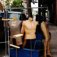 Mobile Mannequins, Мобил