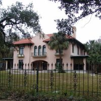 1904 George Fearn house, one of the 1st Spanish Colonial houses built in SE US, Mobile (12-26-2011), Причард