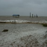 Mobile Bay during Hurricane Katrina, Теодор