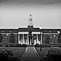 Troy University - Bibb Graves Hall - Built 1929, Трой