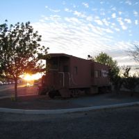 Benson Caboose at Sunset, Бенсон