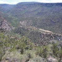 Phantom Lake in Hardscrabble Canyon, Кингман