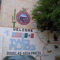 Art mural «Welcome Two Flags», Douglas, Arizona, Пиртлевилл