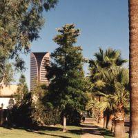 Viad Tower, Phoenix, AZ  Oct. 1998©Pat Hathaway - caviews.com, Финикс
