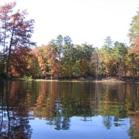 Stonebridge Lake In Fall, Блевинс