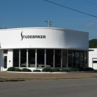 Studebaker showroom designed by Frank Lloyd Wright, Mena, Oklahoma, Мена