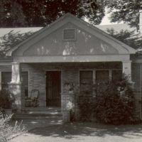 1930 - Duncan Avenue Bungalow, Фейеттевилл