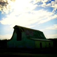 Glowing Barn, Элкинс