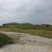 Hangars at XNA, Элм-Спрингс