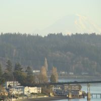mount rainier over manette, Бремертон