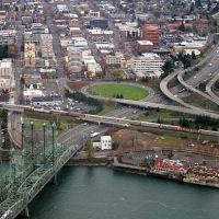 Vancouver Washington Waterfront Aerial over the Columbia River - Oregon, Ванкувер