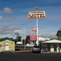 At The Ponderosa Motel in Goldendale, Голдендейл