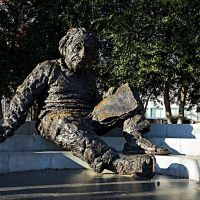 Tượng nhà vật-lý học Albert Einstein  (Albert Einstein Memorial), Женева