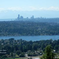 Seattle skyline and Olympic Peninsula from Bellevue, Истгейт